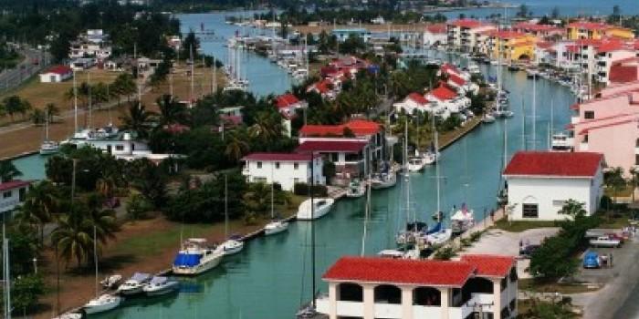 El proyecto pendiente de licitación supone el desarrollo integral de la Marina Hemingway (en la imagen).
